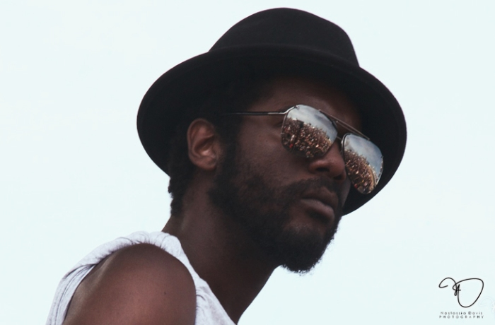 Gary Clark Jr wearing sunglasses of